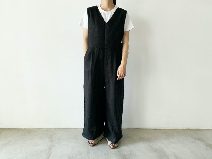 <img class='new_mark_img1' src='https://img.shop-pro.jp/img/new/icons8.gif' style='border:none;display:inline;margin:0px;padding:0px;width:auto;' />linen overalls / BLACK