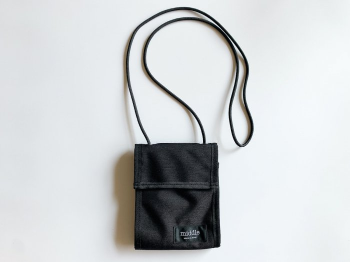 <img class='new_mark_img1' src='https://img.shop-pro.jp/img/new/icons56.gif' style='border:none;display:inline;margin:0px;padding:0px;width:auto;' />nylon trip wallet / BLACK