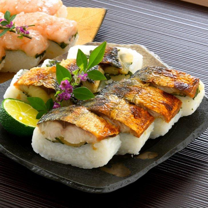 棒寿司<焼き鯖寿司>