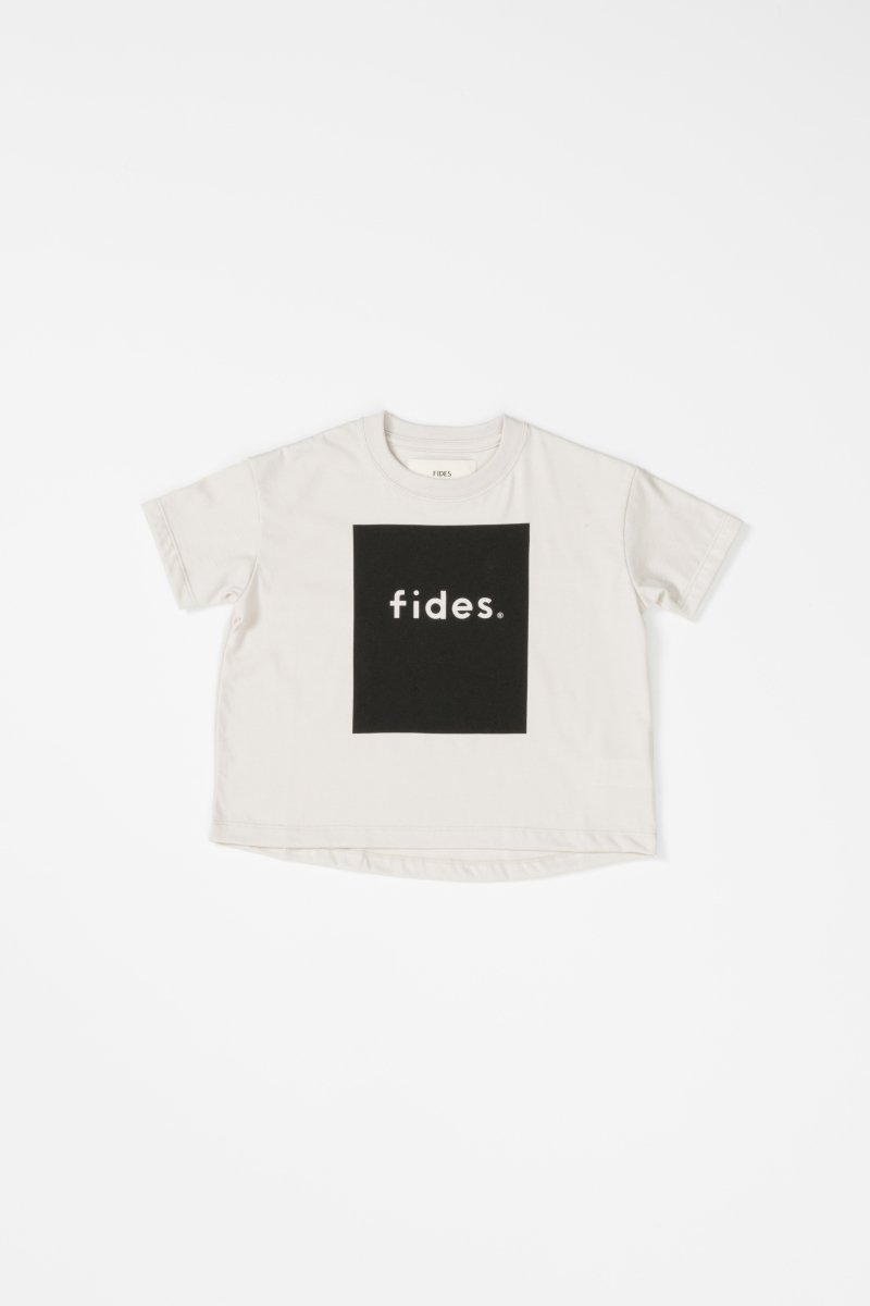 <img class='new_mark_img1' src='https://img.shop-pro.jp/img/new/icons5.gif' style='border:none;display:inline;margin:0px;padding:0px;width:auto;' />BOX LOGO S/S KIDS