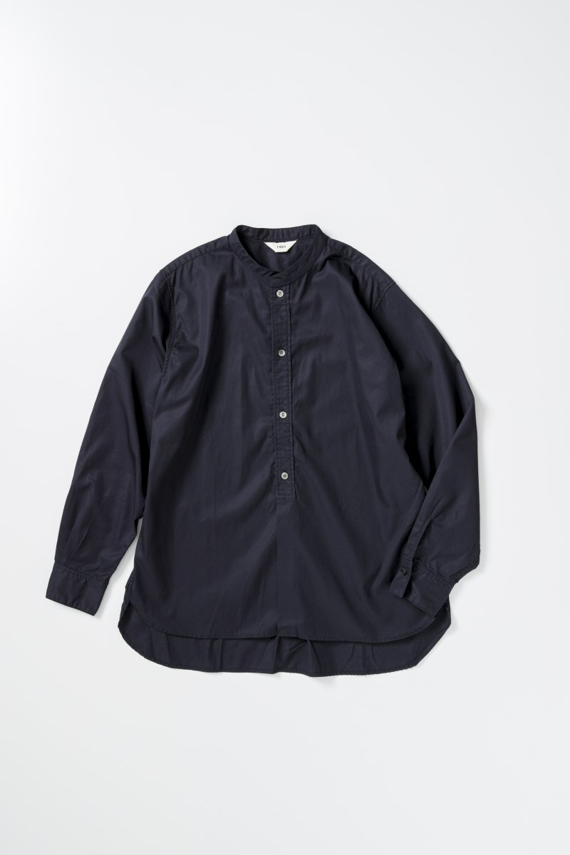 <img class='new_mark_img1' src='https://img.shop-pro.jp/img/new/icons5.gif' style='border:none;display:inline;margin:0px;padding:0px;width:auto;' />BAND COLLAR SHIRT