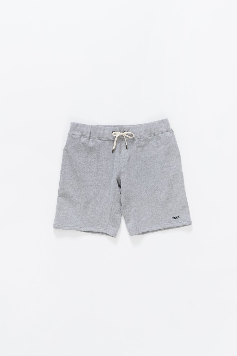 <img class='new_mark_img1' src='https://img.shop-pro.jp/img/new/icons5.gif' style='border:none;display:inline;margin:0px;padding:0px;width:auto;' />RANDOM LOGO SWEAT SHORTS
