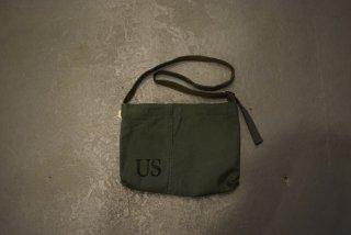 HAND LIGHT / US Military Musette Bag