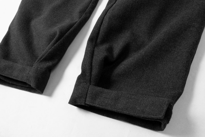【 40%OFF 】TTCL WOOL CARGO  BLACK