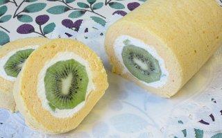 【1月限定】キウイのロールケーキ 16cm×高さ約7cm