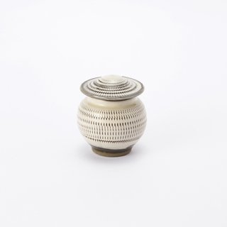 小鹿田焼 蓋付き壺(飛び鉋)