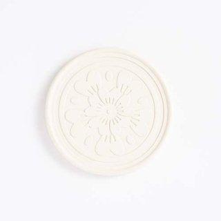 赤瓦コースター 花瓦菊紋 白