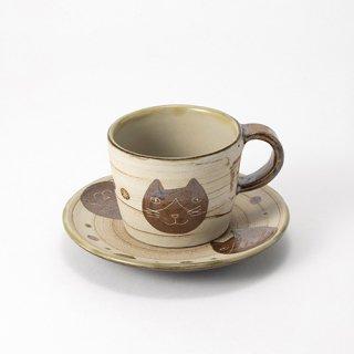 やちむん 工房o-gusuya ハチワレネコ コーヒーカップ&ソーサー 01