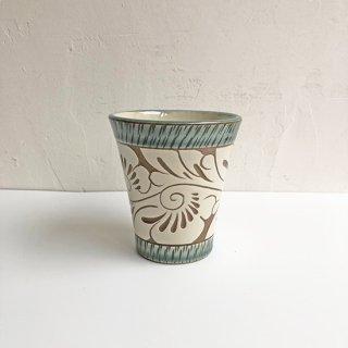 やちむん 育陶園 フリーカップ(中)緑釉唐草白抜