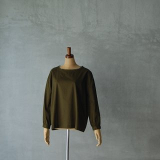 SOIL<br>レースプルオーバーブラウス<br>〈LACE NECK PULLOVER〉