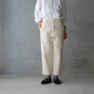 <img class='new_mark_img1' src='https://img.shop-pro.jp/img/new/icons27.gif' style='border:none;display:inline;margin:0px;padding:0px;width:auto;' />Nigel Cabourn WOMAN<br>ヘリンボーン クロップドパンツ