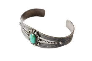 <img class='new_mark_img1' src='//img.shop-pro.jp/img/new/icons5.gif' style='border:none;display:inline;margin:0px;padding:0px;width:auto;' />Turquoise Flowre Bracelet (VIJ19)