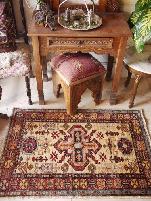 新しい絨毯 コーカサス シルヴァン 約117×84