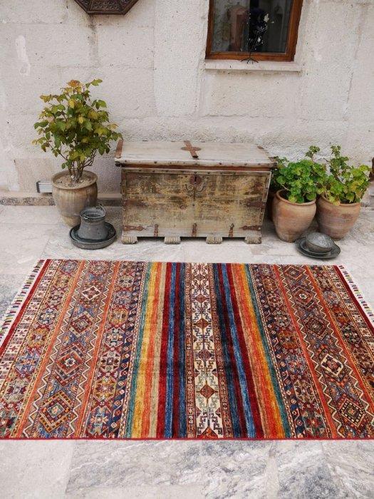 新しい絨毯 ラクダのオープンヘイべデザイン 約182×123