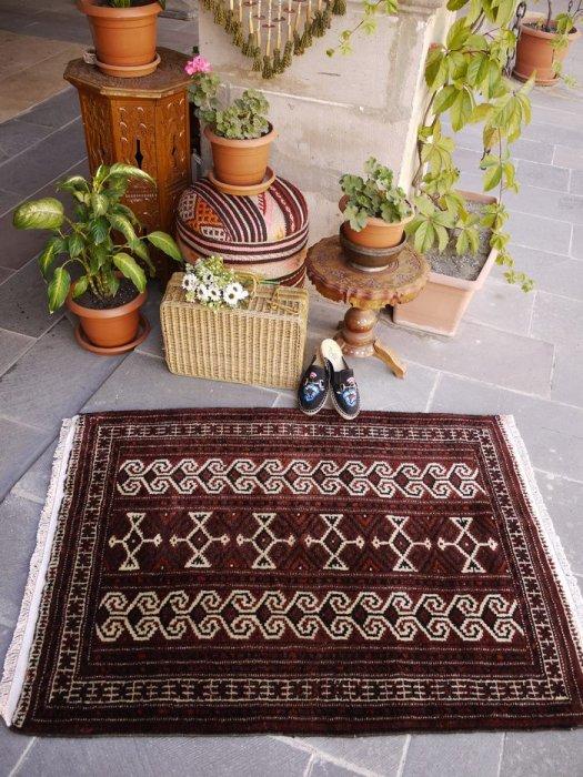オールド絨毯 安定のトルクメン   約124×91