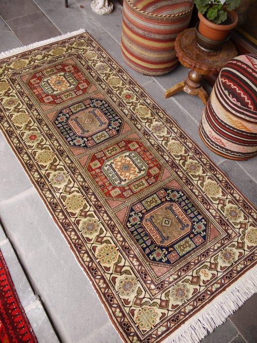 ヴィンテージラグ 緻密な織のカイセリ  約195×92