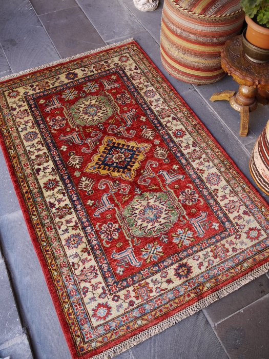新しい絨毯 美しい赤のシルヴァンラグ 約157×102