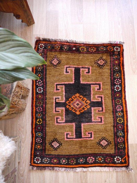 オールド絨毯 小さいサイズ カルス 約89×69