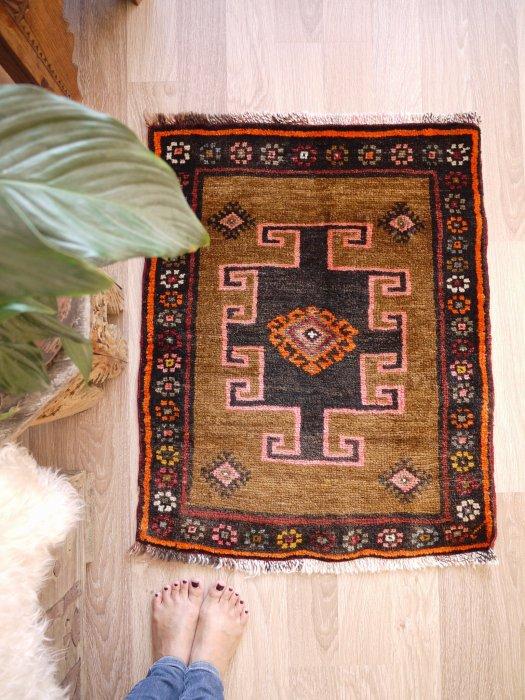 オールド絨毯 小さいサイズ カルス 約85×70