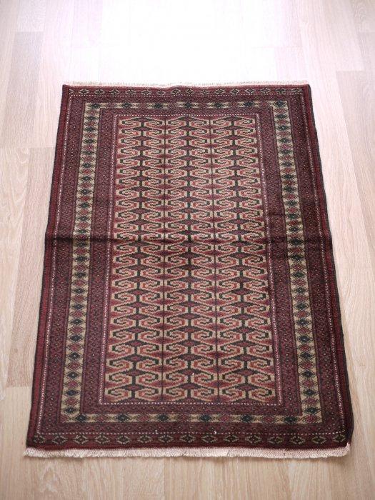 オールド絨毯 トルクメン  約111×80