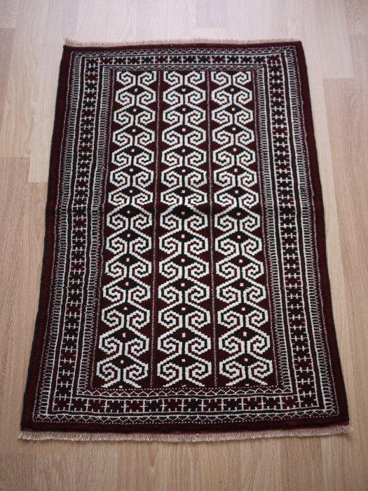 オールド絨毯 トルクメン  約118×78