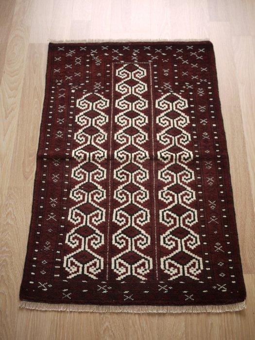 オールド絨毯 トルクメン  約118×80