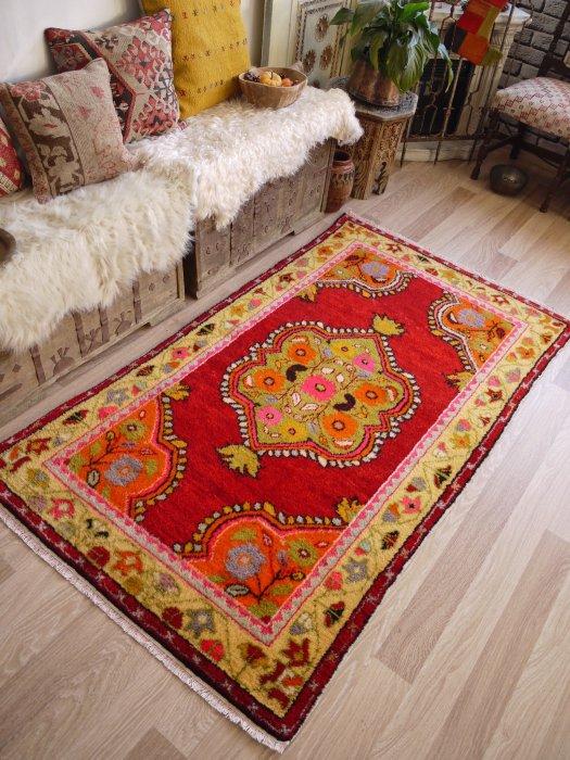 オールド絨毯 ギュネイ・チャル 約190×106