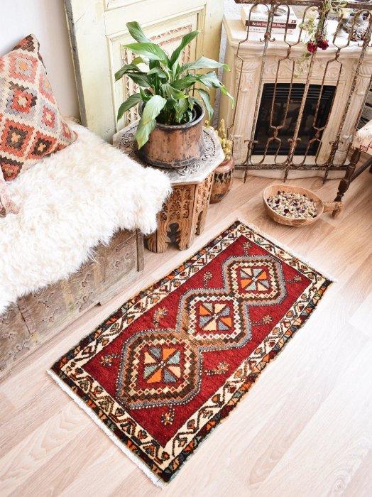 オールド絨毯 ヤストゥック シワス  約102×56