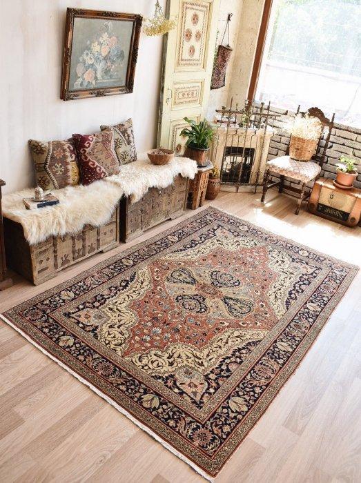 ヴィンテージラグ 可憐で美しいカイセリ  約228×150