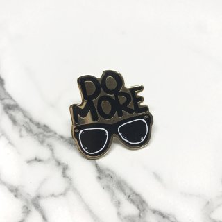 【New Moon Paper Goods】ピンバッチ - DO MORE
