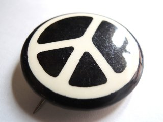 1970's Peace-Sign Pinback Button Deadstock