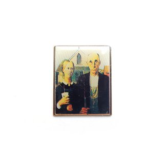 <img class='new_mark_img1' src='https://img.shop-pro.jp/img/new/icons44.gif' style='border:none;display:inline;margin:0px;padding:0px;width:auto;' />1980's〜 McDonald Pins - American Gothic Parody design