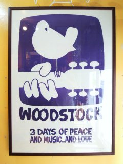 <img class='new_mark_img1' src='https://img.shop-pro.jp/img/new/icons44.gif' style='border:none;display:inline;margin:0px;padding:0px;width:auto;' />1969 WOODSTOCK Poster by Poster Prints