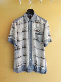 <img class='new_mark_img1' src='https://img.shop-pro.jp/img/new/icons2.gif' style='border:none;display:inline;margin:0px;padding:0px;width:auto;' />1960's Sailing Ship Pattern Silk Shirts by Don Jackson California