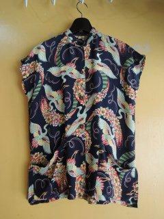 <img class='new_mark_img1' src='https://img.shop-pro.jp/img/new/icons44.gif' style='border:none;display:inline;margin:0px;padding:0px;width:auto;' />1950's mao-collar cranes Hawaiian shirts