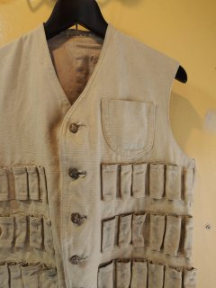 〜1950's HUNTING VEST with animal-BUTTONs