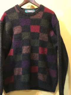 <img class='new_mark_img1' src='https://img.shop-pro.jp/img/new/icons44.gif' style='border:none;display:inline;margin:0px;padding:0px;width:auto;' />color-panel sweater by