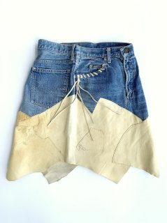 <img class='new_mark_img1' src='https://img.shop-pro.jp/img/new/icons2.gif' style='border:none;display:inline;margin:0px;padding:0px;width:auto;' />1970's LEVI'S BIG-E × DEERSKIN remake skirt