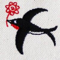 空飛ぶツバメ