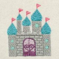 フラッグがなびく洋風のお城(大小の2個セット)