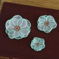 ワンコイン・デザインPack82(オーガンジー立体刺繍のお花A 3種類)制作レシピ&必要な資材マニュアル付き