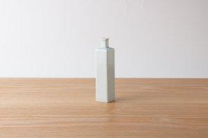 Flower vase | 角一輪挿し 李朝釉