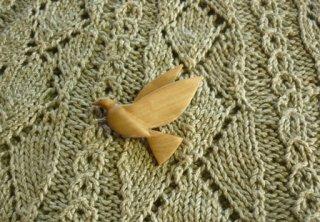 鳩のブローチ オリーブ
