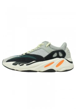 <img class='new_mark_img1' src='https://img.shop-pro.jp/img/new/icons20.gif' style='border:none;display:inline;margin:0px;padding:0px;width:auto;' />ADIDAS<br>YEEZY BOOST 700<br>[中古A]
