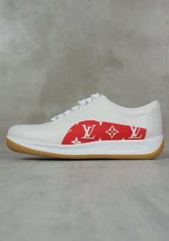 <img class='new_mark_img1' src='https://img.shop-pro.jp/img/new/icons20.gif' style='border:none;display:inline;margin:0px;padding:0px;width:auto;' />LOUIS VUITTON × SUPREME<br>SNEAKER<br>[新品]