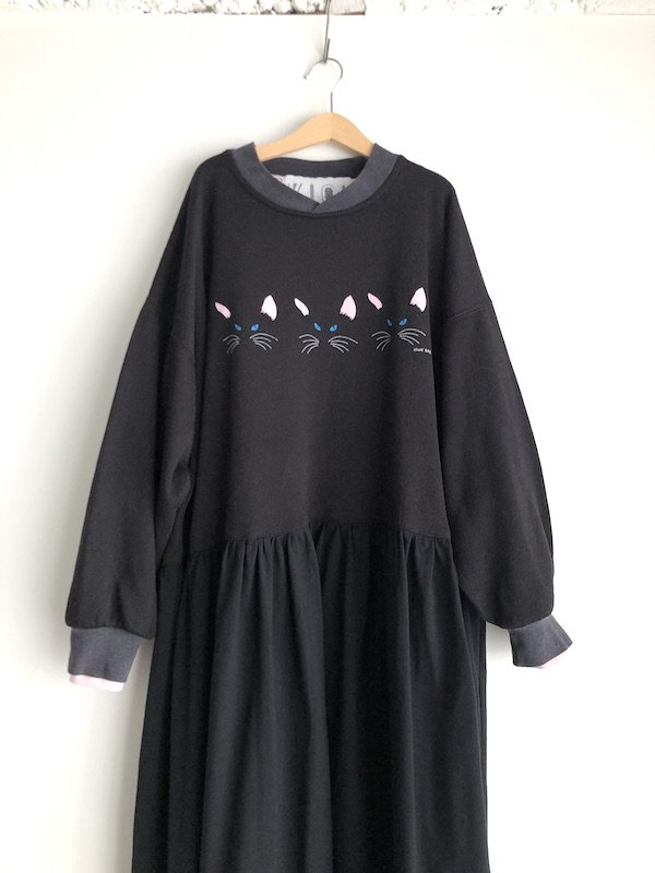 Remake  sweat dress / リメイク スウェットワンピース ( cat )