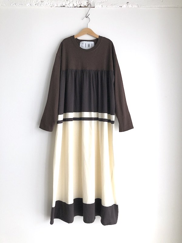 Remake T-shirt  Long Dress  / リメイク Tシャツロングワンピース ( Brown Line )