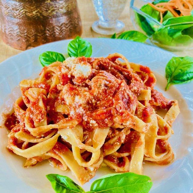 ギフト&お取り寄せに♪湯煎で1分半 手作りパスタ<トマトペースト&リコッタチーズ>