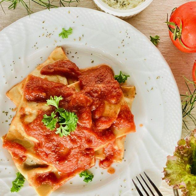 ギフトにも嬉しい自然食品♪完全無添加手作りパスタ<トマトのラビオリ>