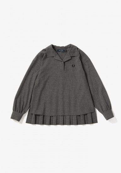 FRED PERRY - プリーツバックシャツ